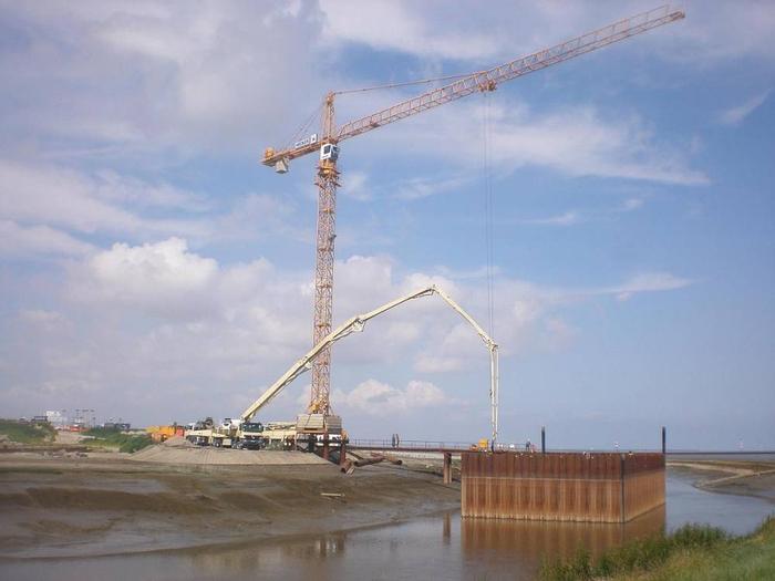Hecker Bau – Neubau eines zweizügigen Sielbauwerks im Weddewarder Tief in Bremerhaven